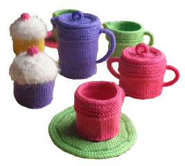 knitted-coffee-set