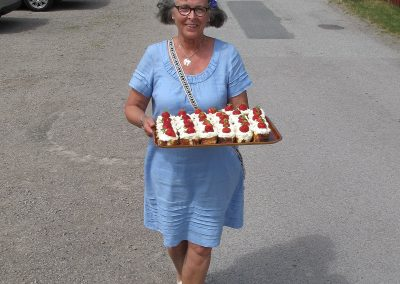 jordgubbsbakelser på väg_midsommar16