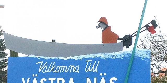 'Välkommen till Västra Näs'- skylten
